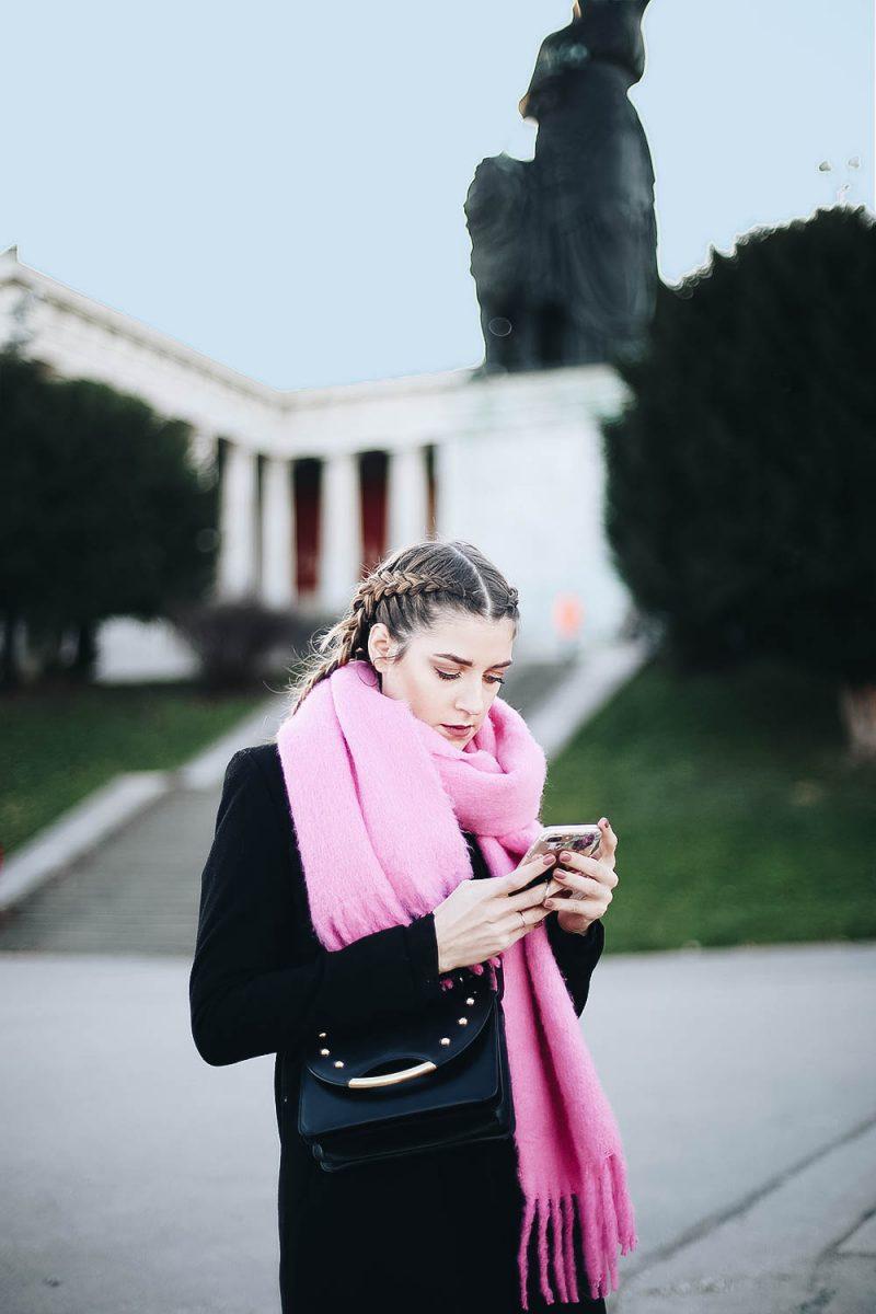 Boerbraids und ein Pinker Oversize Schal. Fashionblog aus München