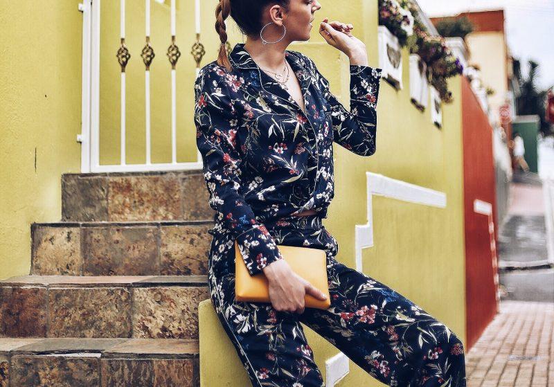 Pyjama Trend fotografiert in Bo-Kaap ind Kapstadt, Modeblog und Reiseblog aus München